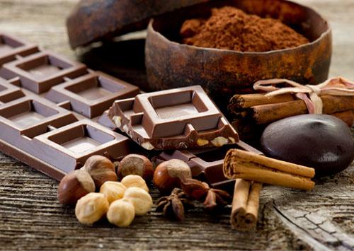 cioccolato, cacao e nocciole